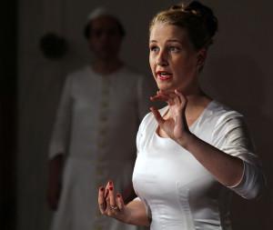 Sara Magenta Schneyer; Bearbeitung René Dang, Sara Schneyer